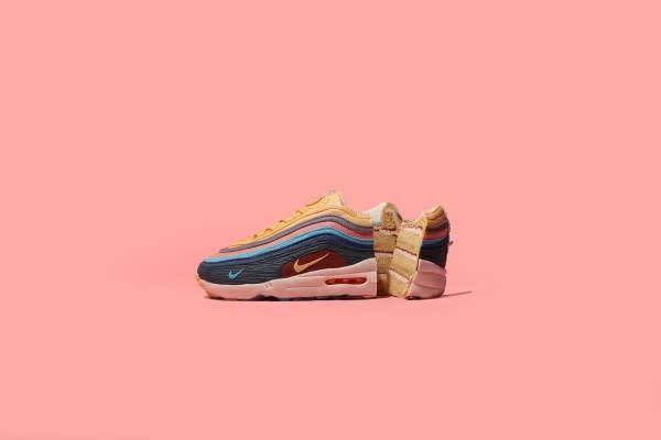 Nike Air Max Day-1