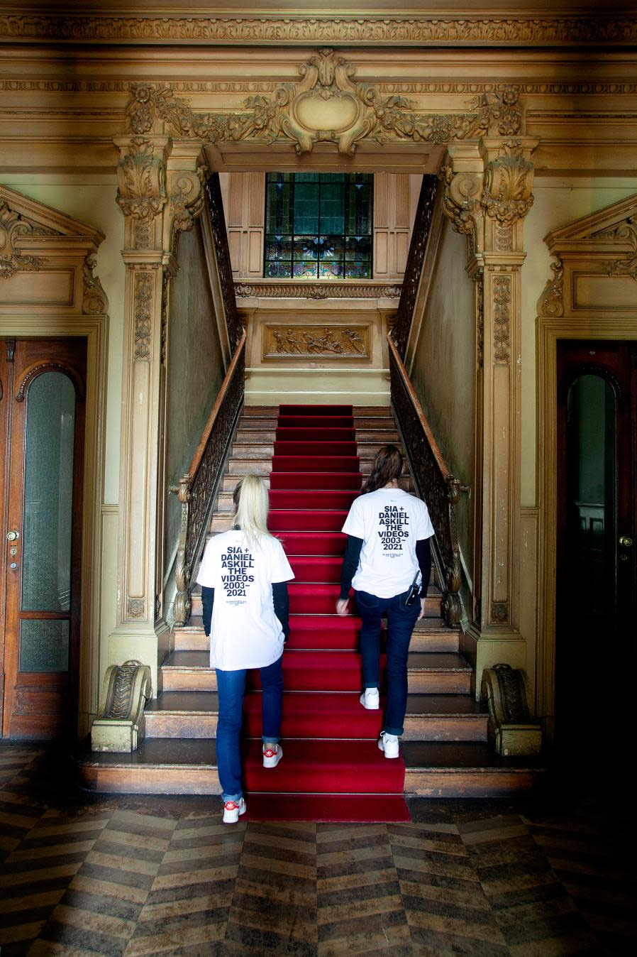 Sia + Daniel Askill The Videos Palacete Pinto Leite main stairs