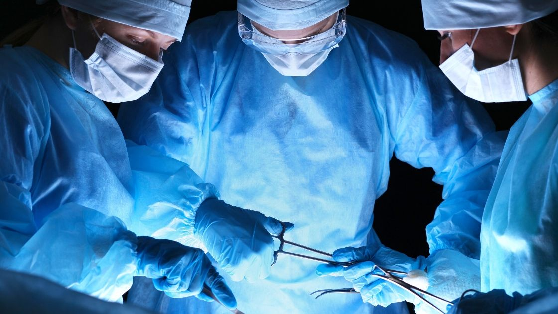 International Experts Meet on Surgery
