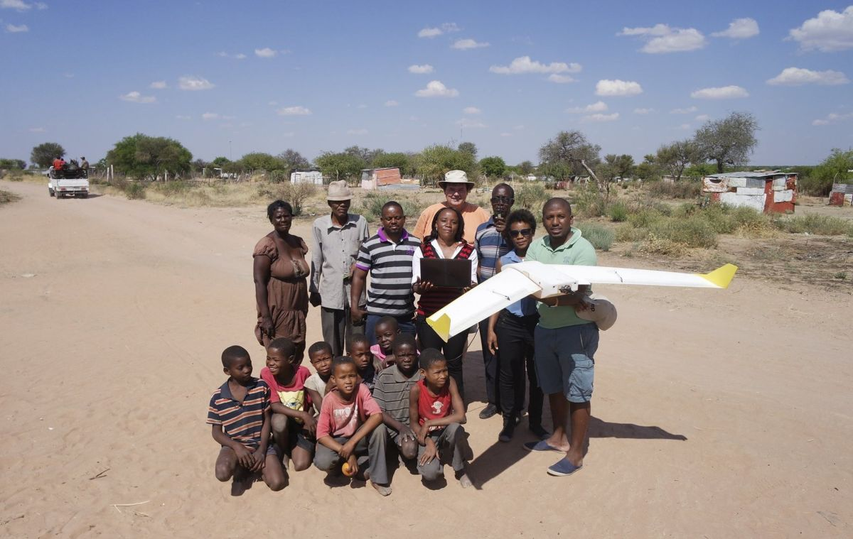 Drawing boundaries with UAV mapping in Namibia | Pix4D