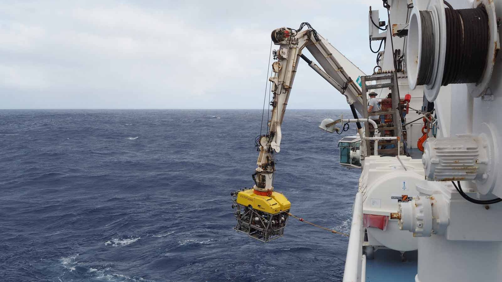 ROV-Victor-6000-is-lowered-into-the-water