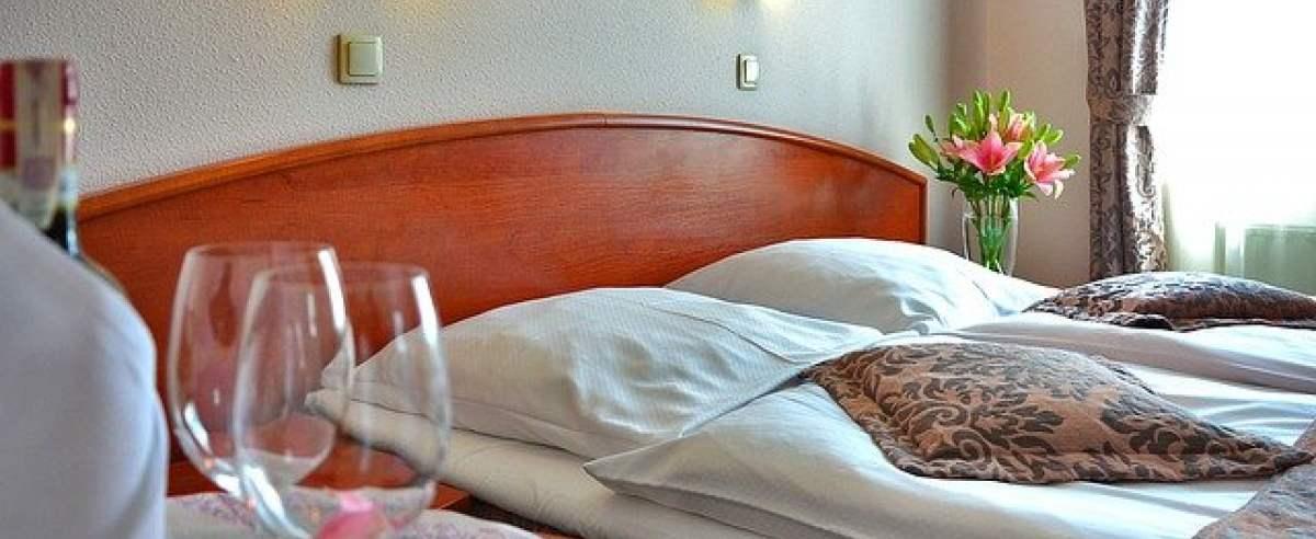 rząd być może otworzy hotele