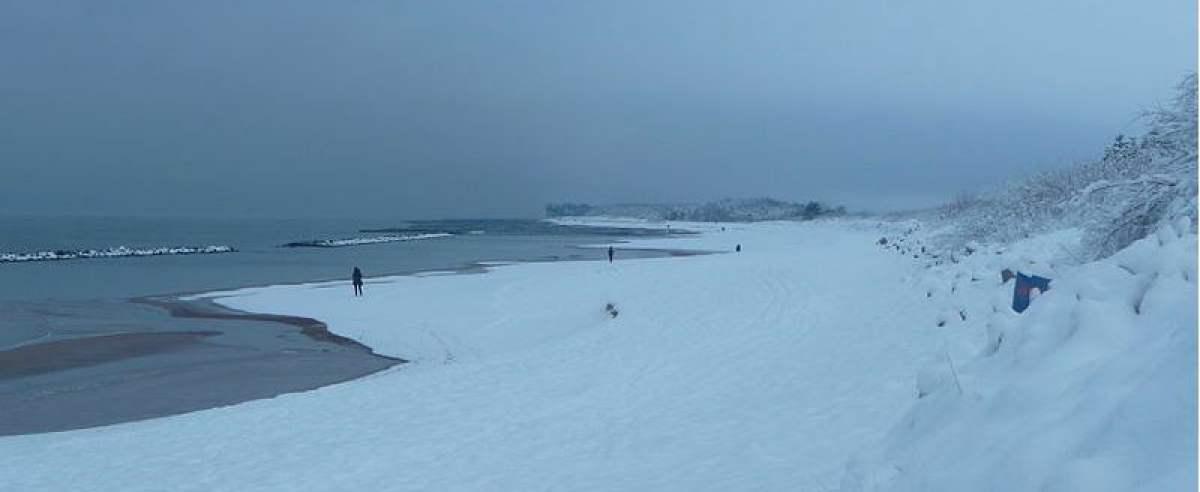 Polacy nad morzem zimą