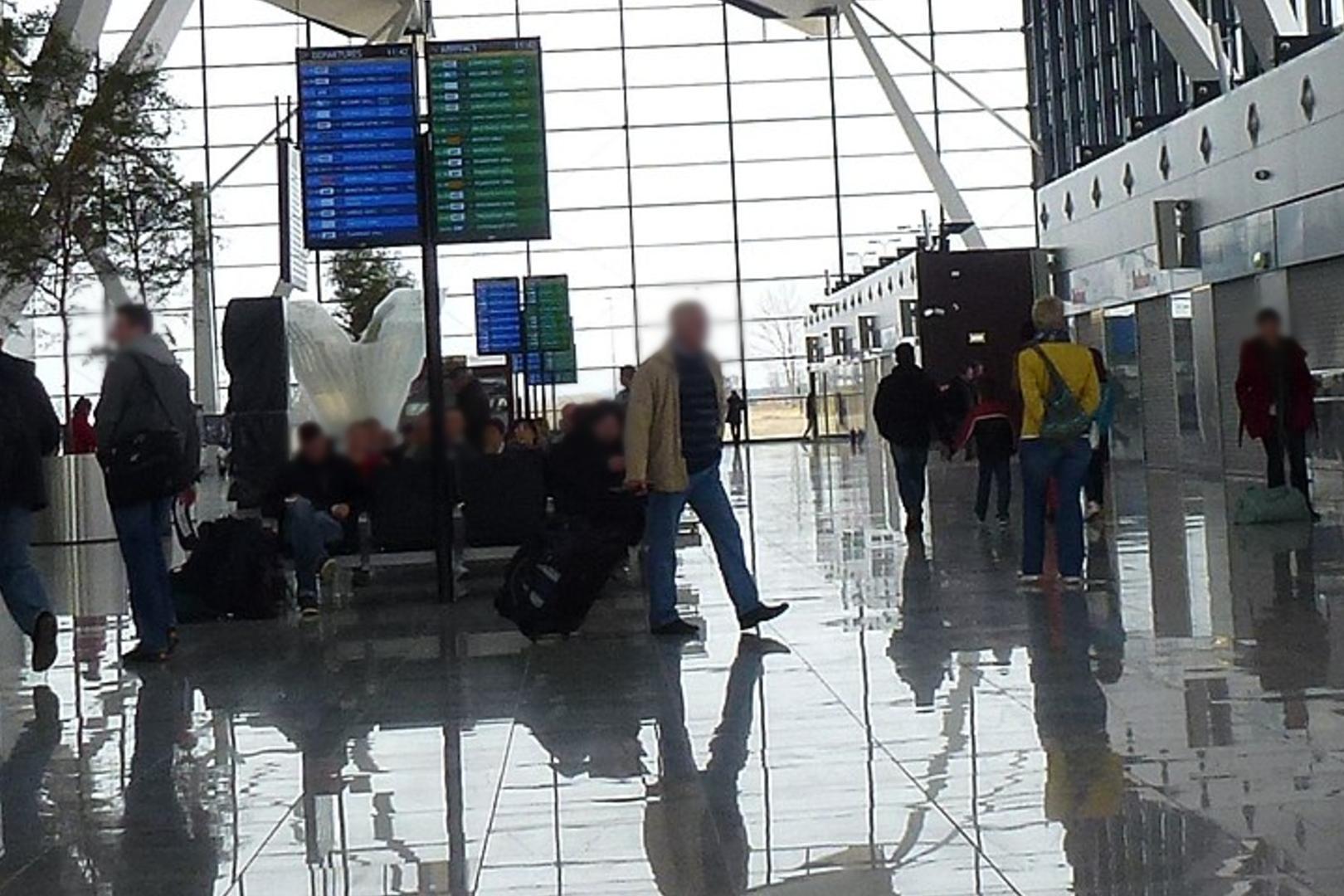 Awanturujący się pasażer leciał do Gdańska