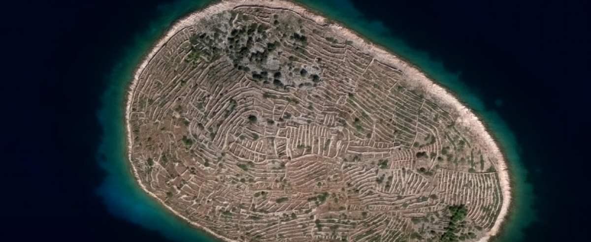 Chorwacka wyspa o niesamowitym kształcie