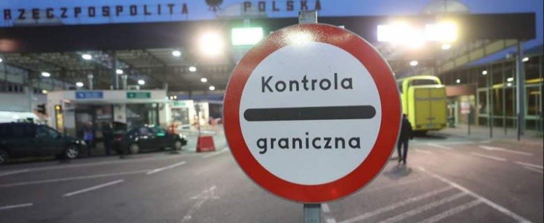Polacy nie dostaną kar za zagraniczne wyjazdy