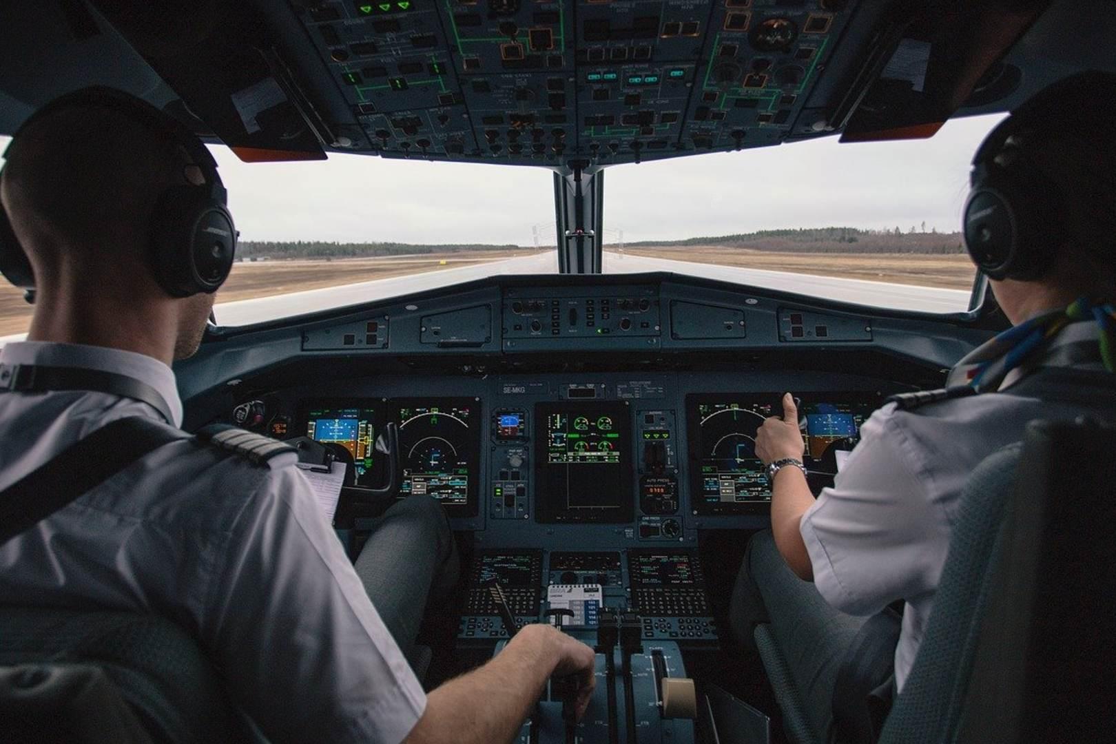 pilot zasłabł w kokpicie