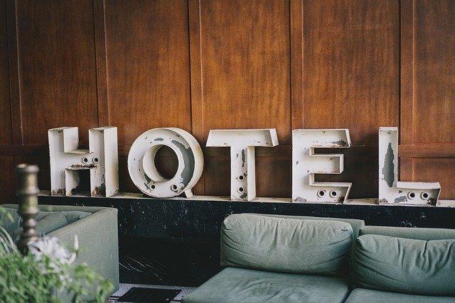 hotele w Belgii otwarte od maja