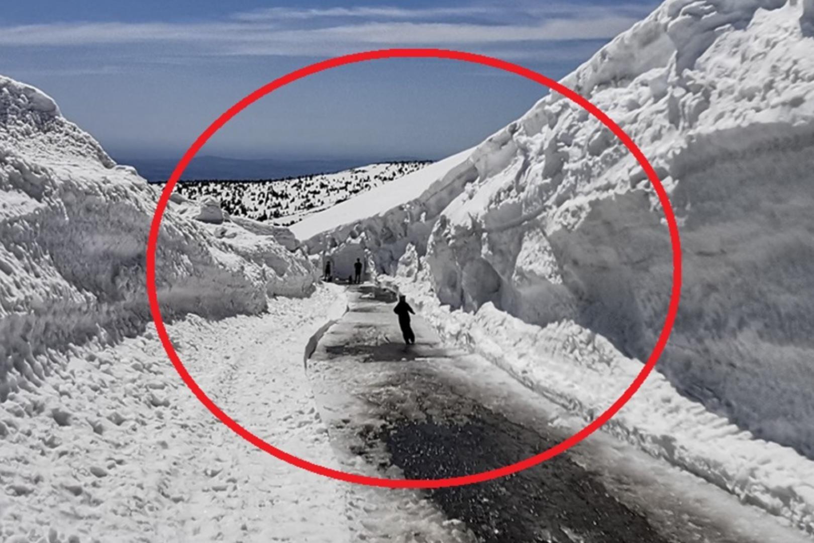 Zdjęcie z Karkonoszy - 6m pokrywy śnieżnej
