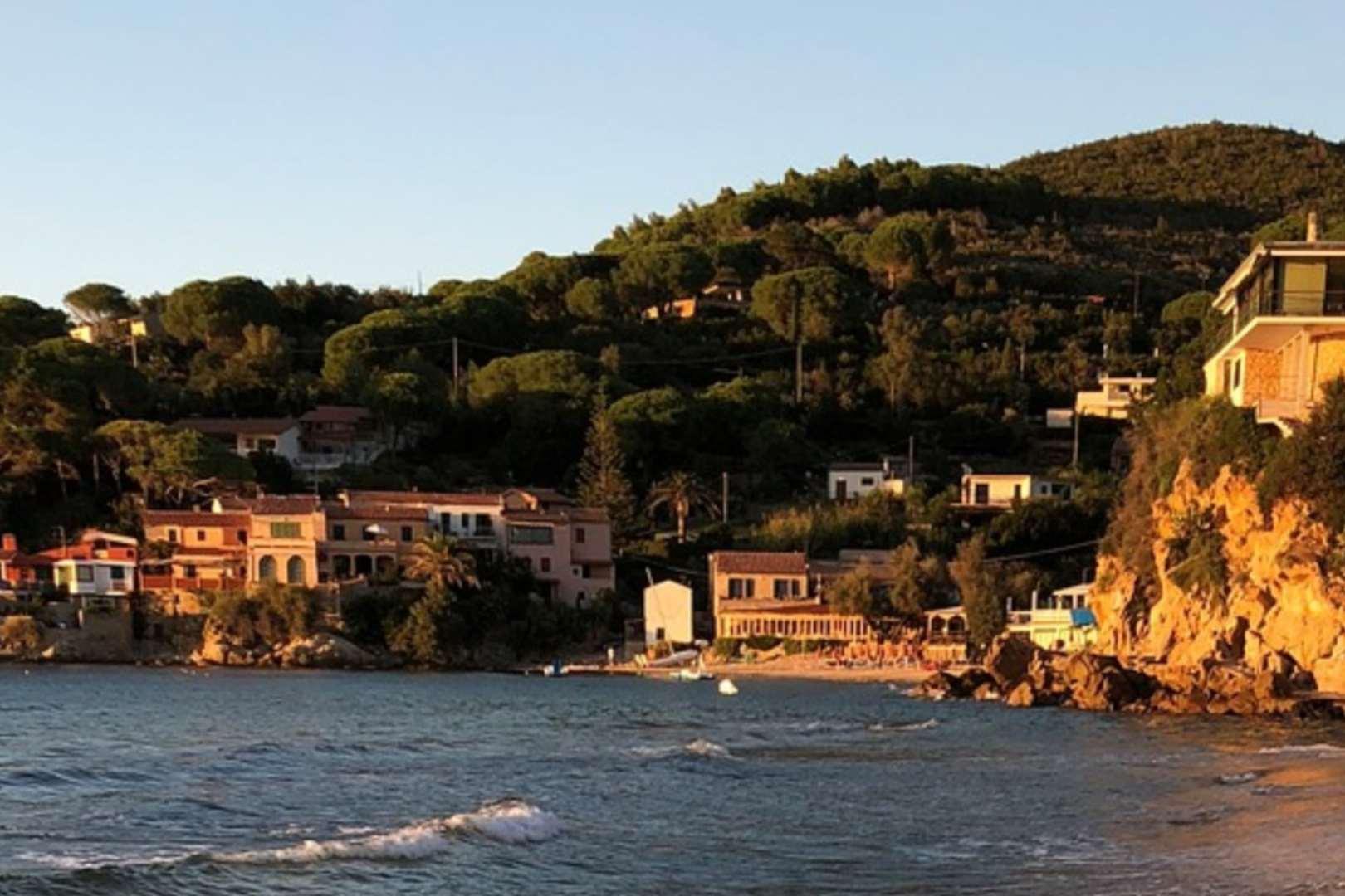 Włochy walczą o wyspy wolne od covi-19