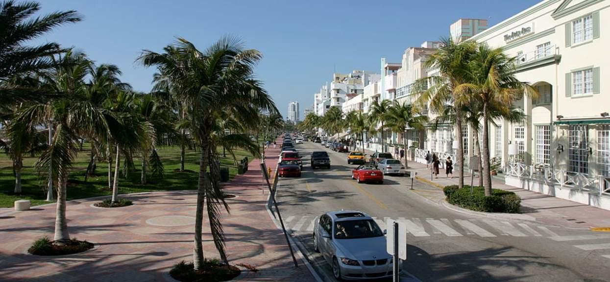 turyści w Miami Beach