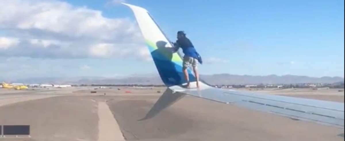 nagranie skrzydło samolotu