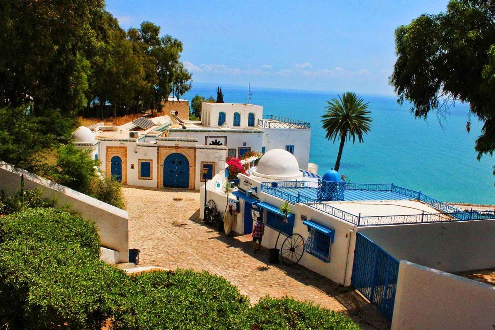 Tunezja zaostrza przepisy dla turystów