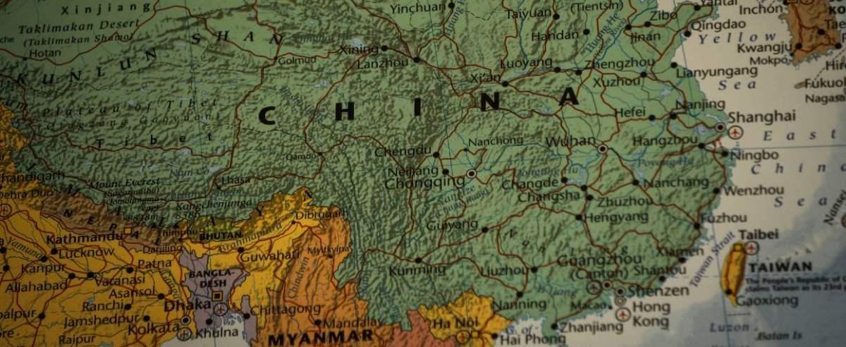 chiny nepal