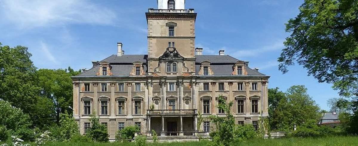 Zamek Roztoka pogrążony w kryzysie