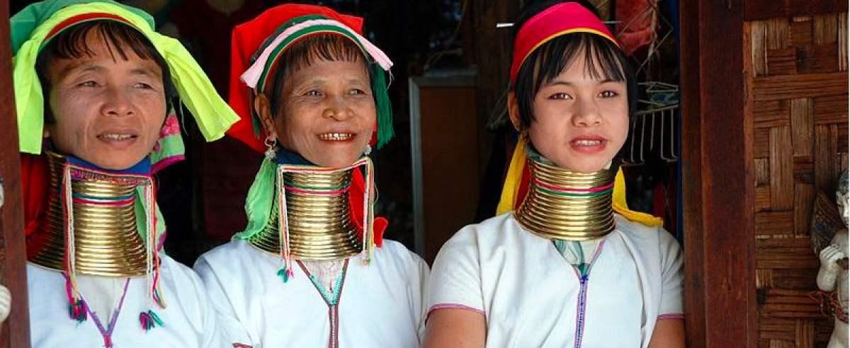 Plemię Padaung wydłuża sobie szyje