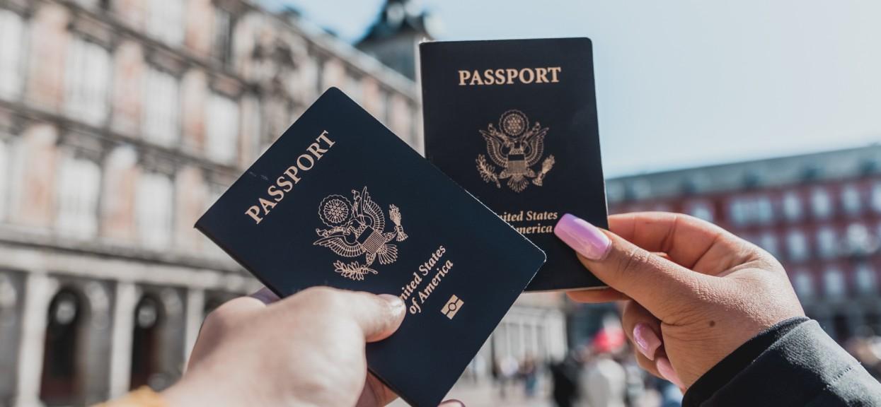 Paszporty szczepionkowe - projekt już dziś