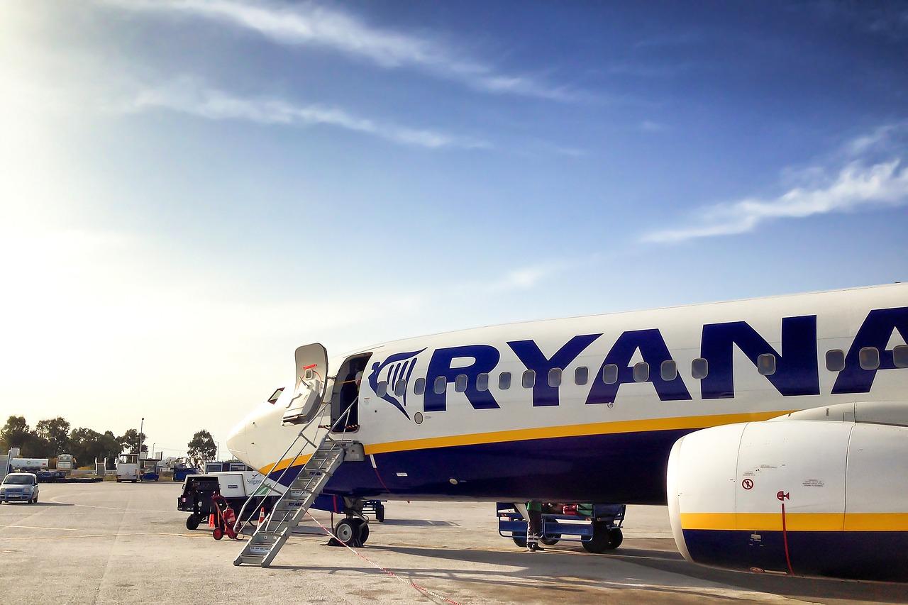 Ryanair otwiera siatkę połączeń na lato z Polski