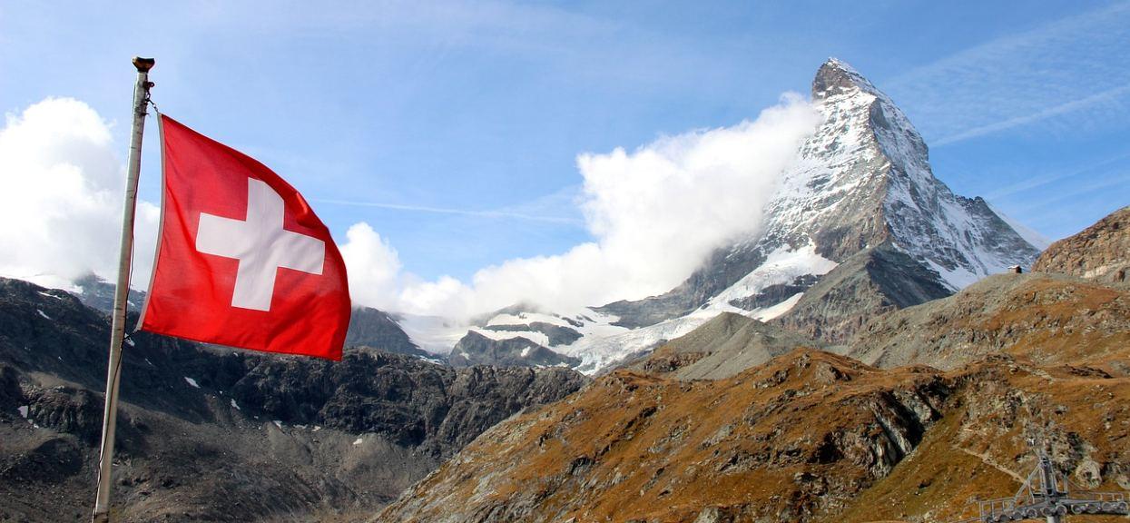 Polacy będą musieli iść na kwarantannę po przyjeździe do Szwajcarii
