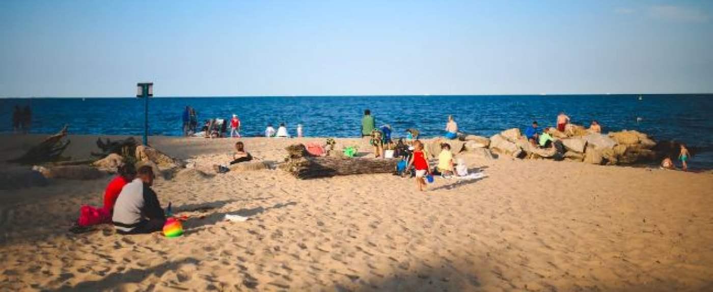 morze przyciąga turystów