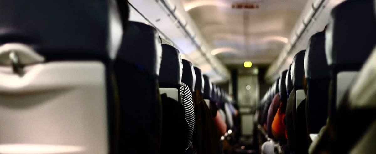 koronawirus samolot