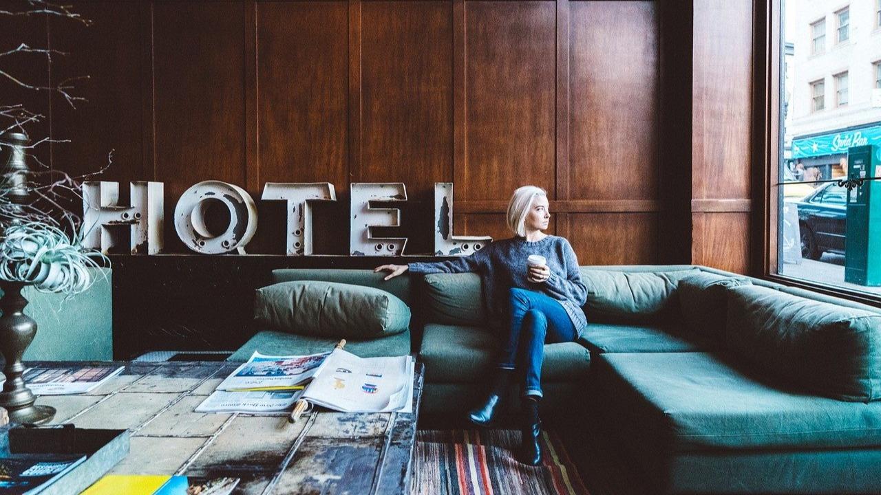 minister zapowiedział kontrole hoteli