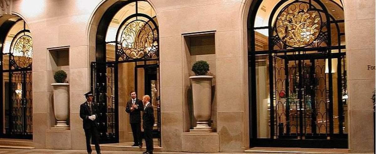 hotel w Paryżu kradzież