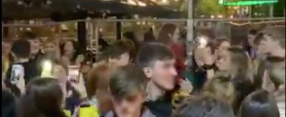 nagranie reakcja tłumu