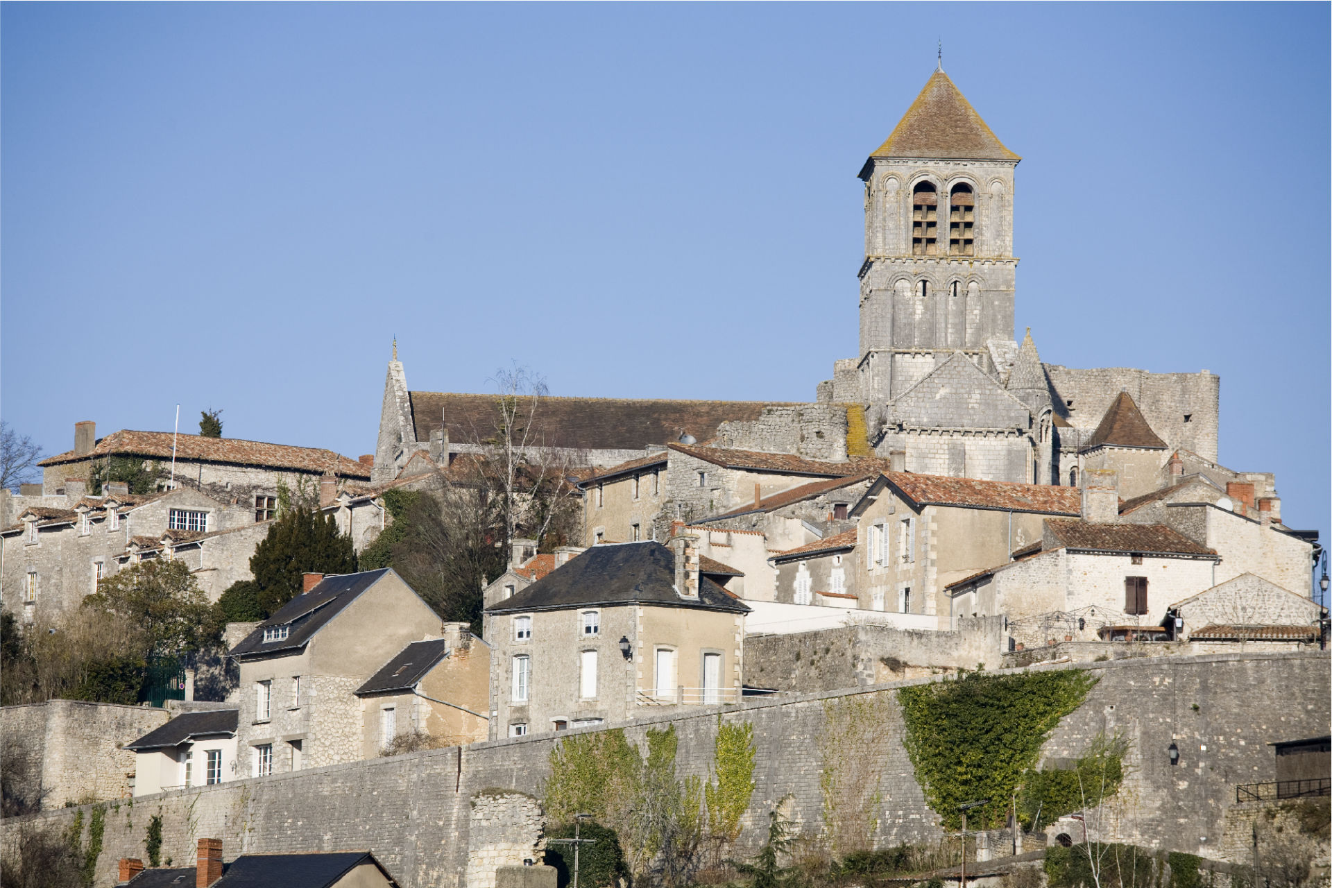 Explore The Medieval Town Of Chauvigny