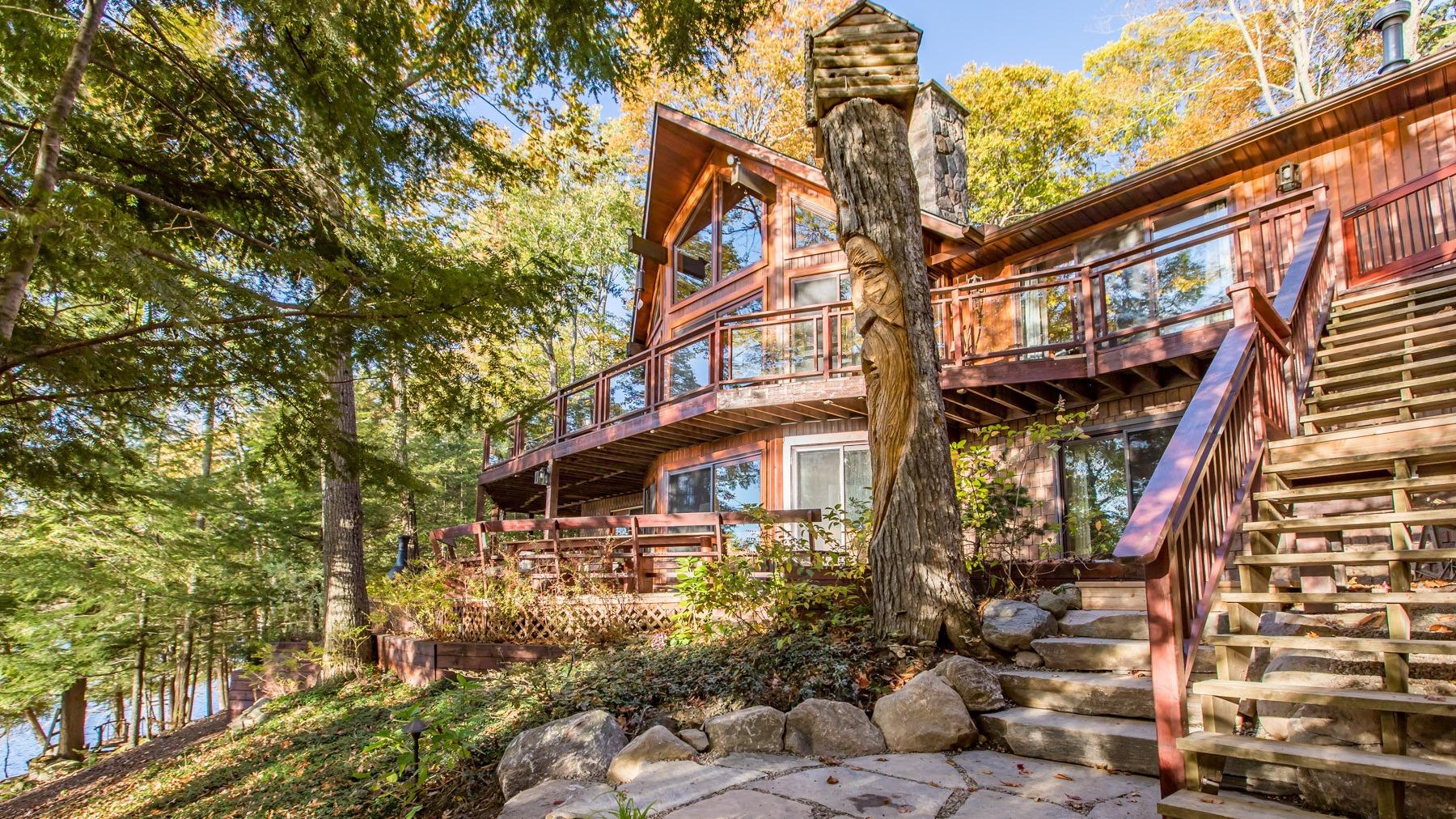 Explore luxury cottage rentals in Ontario   Vrbo Canada
