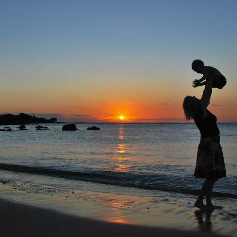 Schritt Mom Strand Urlaub