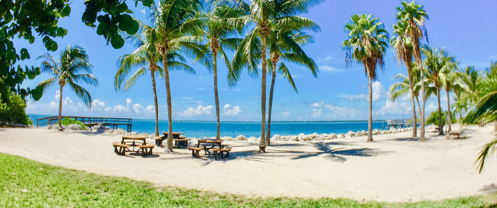 Als With Gorgeous Private Beaches