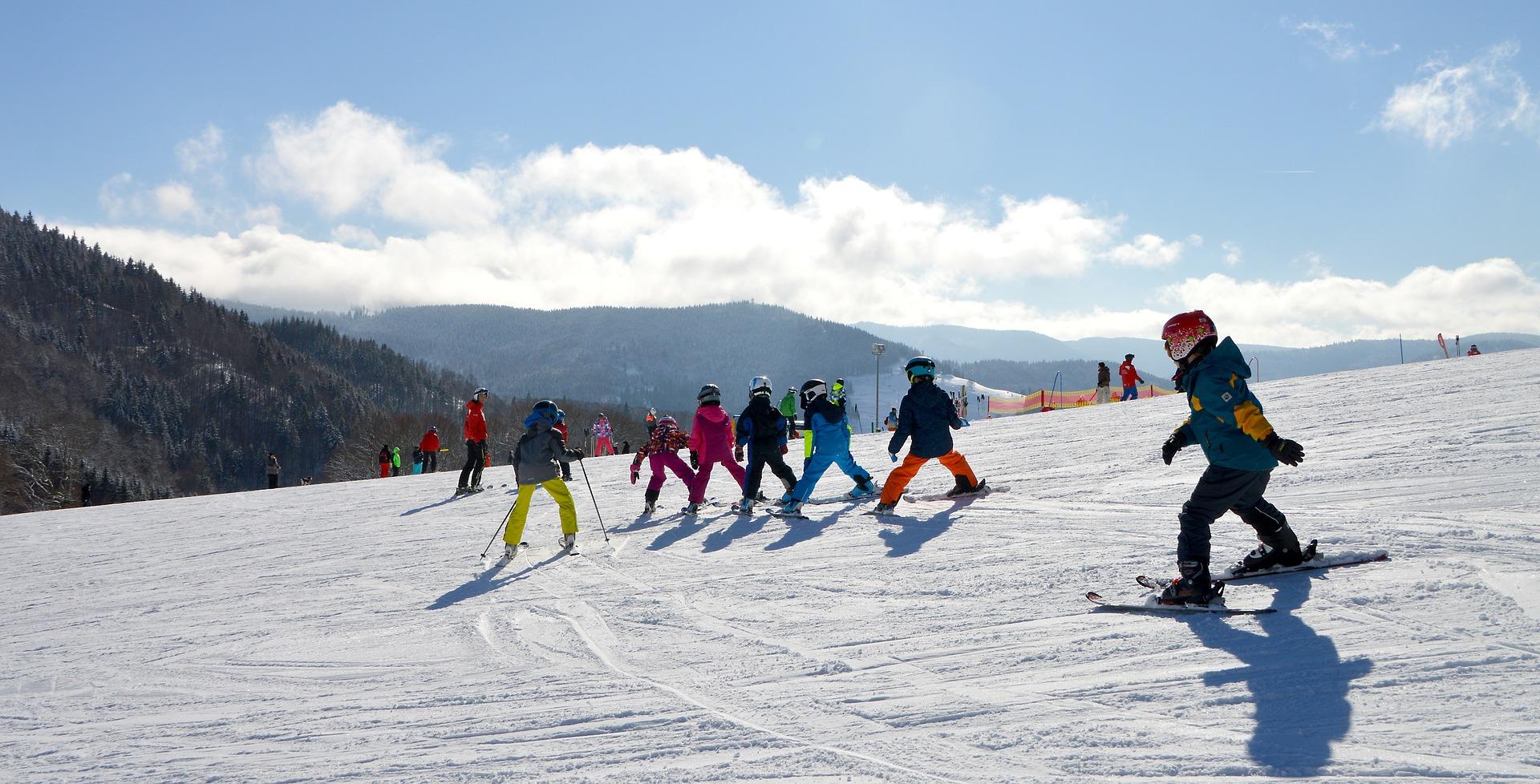 Vacances ski en famille Stations de ski familiales   Abritel