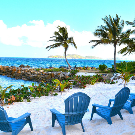 Top places for couples vacations in the US and abroad | Vrbo