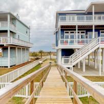 Stunning beach houses in North Carolina | Vrbo