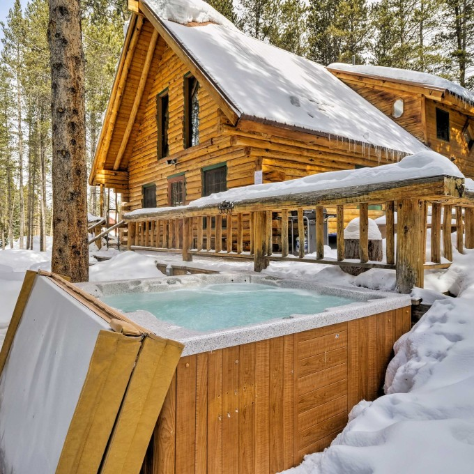 Most scenic places for luxury cabin rentals in the USA | Vrbo