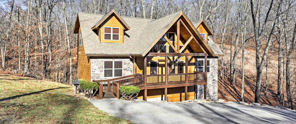 Some kinds of cabin rentals you can book in Branson | Vrbo