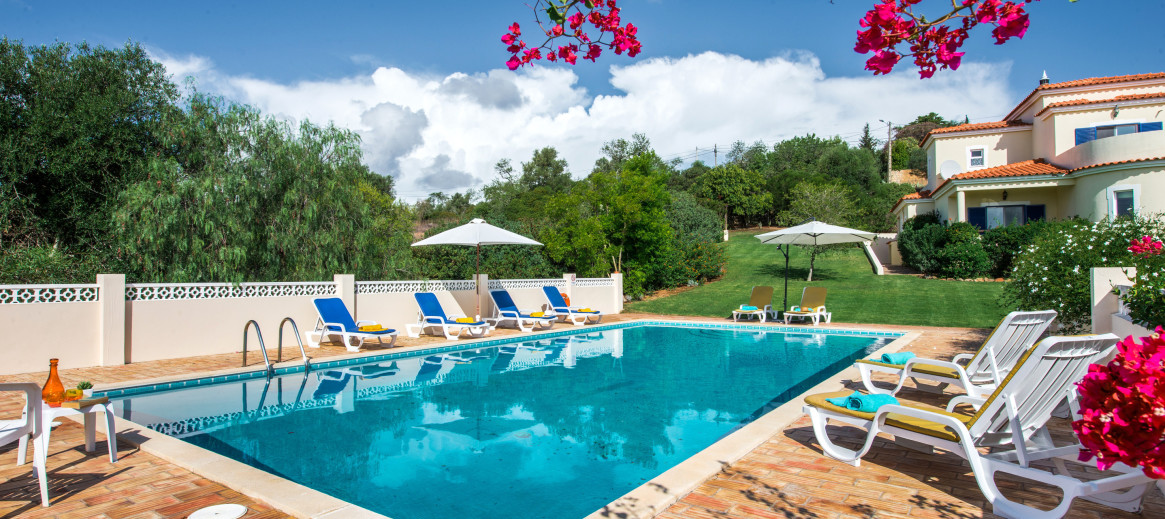 Rent villas with pools around the Europe | HomeAway