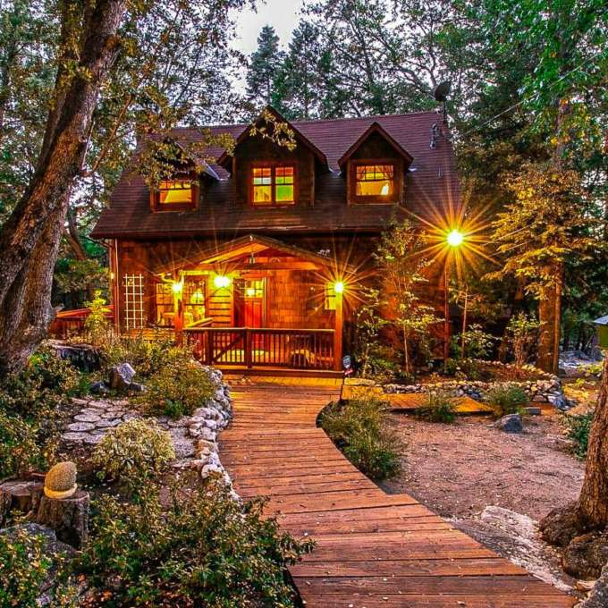 7 Storybook Homes For Fairy Tale Vacations Vrbo