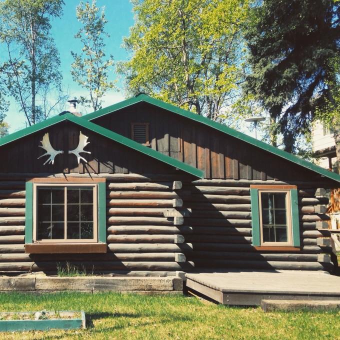 Top spots to enjoy Alaska cabin rentals | Vrbo