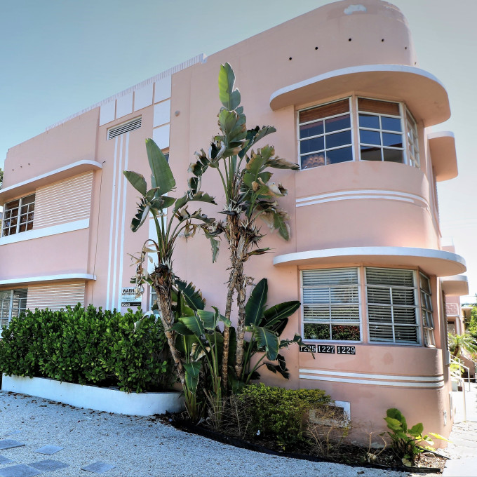 Rental apartments and condos on the beach in Florida | Vrbo