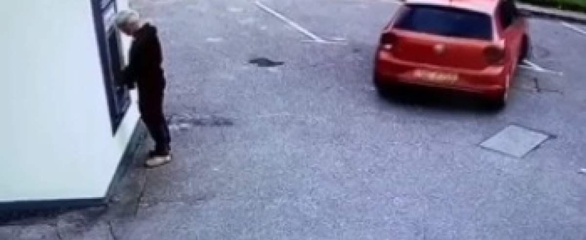 Mężczyzna potrącony przez auto na pustym parkingu