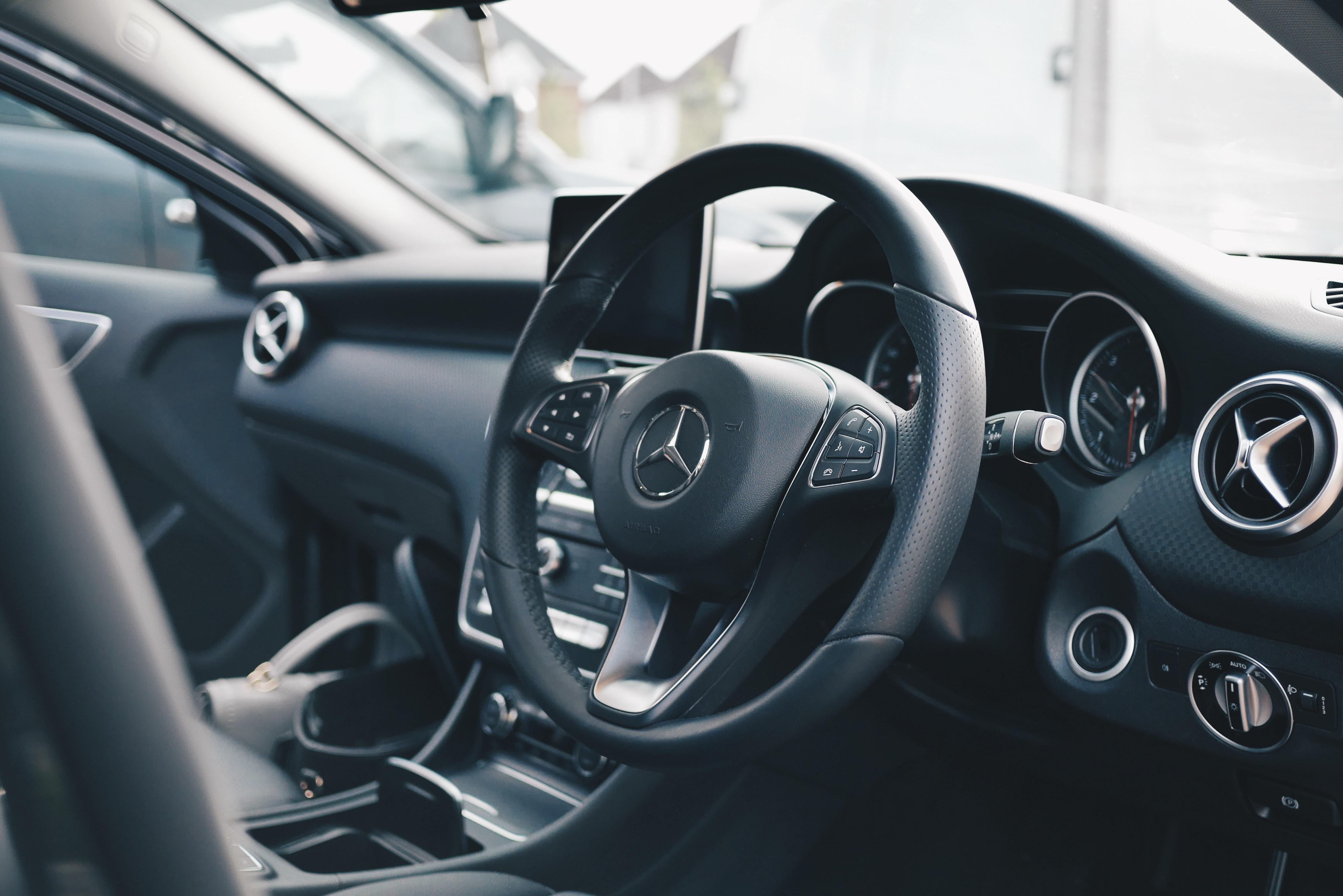 Mercedes wnętrze