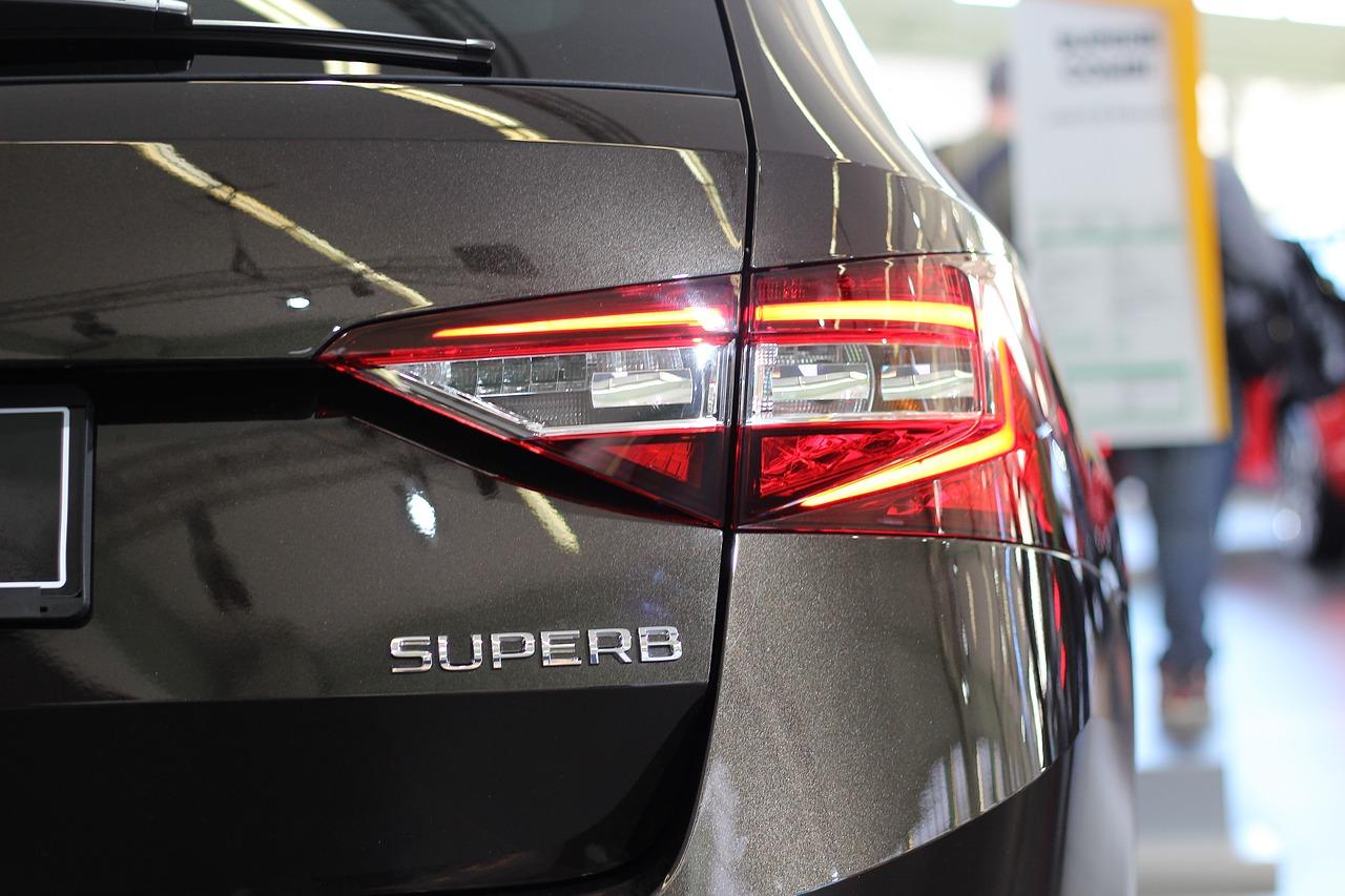 Skoda Superb – bardziej luksusowa i lepiej wyposażona