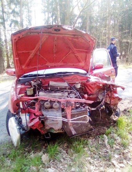 15-latek doprowadził do wypadku prowadząc auto