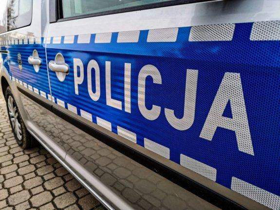 Kierowca zaatakował policjantów. Był pijany