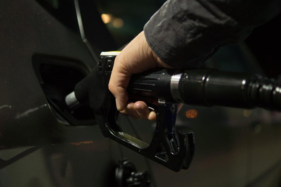 Liczba oktanowa paliwa – co to jest, co określa, jaki ma wpływ na silnik?