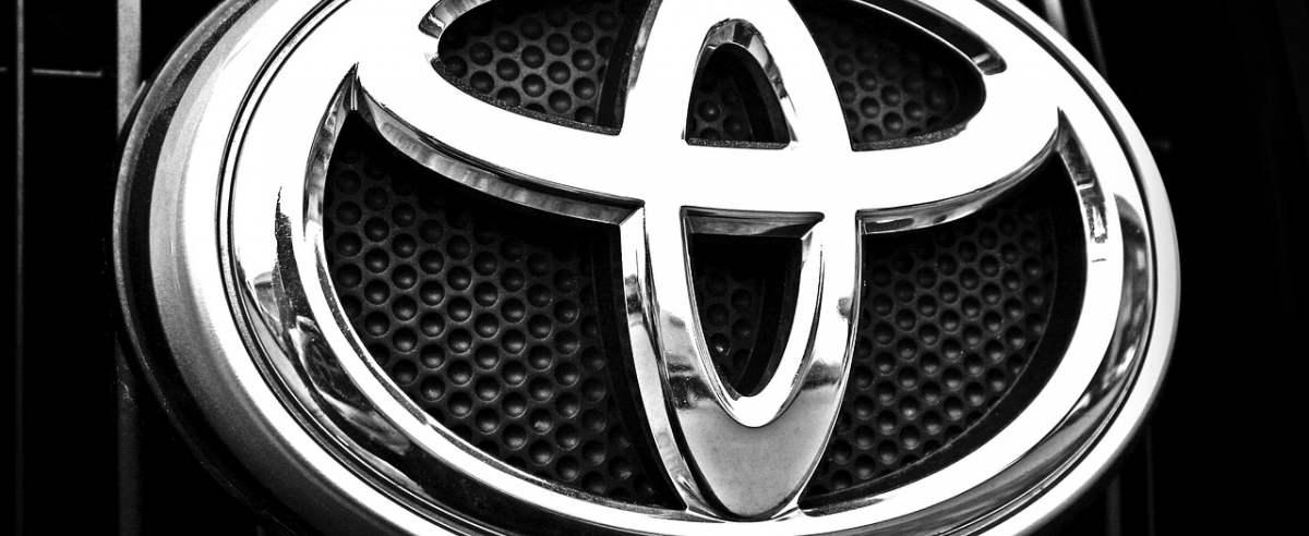 Toyota Auris – niepotrzebny następca Corolli