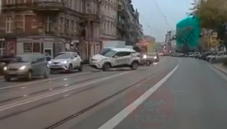 Pierwszeństwo na skrzyżowaniu