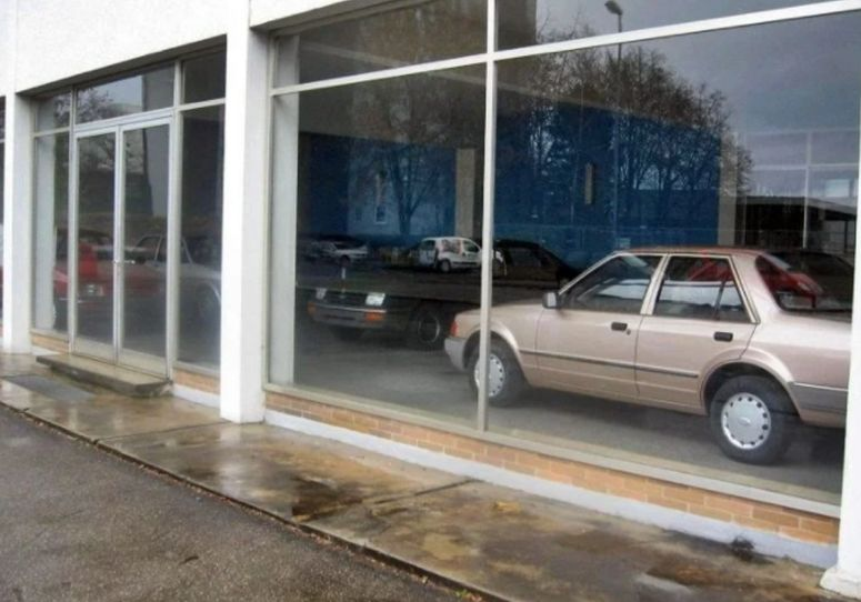 Salon Ford